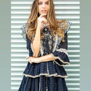 #Flechazo es lo que sentimos al ver este vestido. ¡No puede ser más especial! Volantes, encaje, bordados... ❤️❤️❤️  • Envíos en 24/48 horas.  #alaiajorgejuan #alaiamoda #vestidocorto #newcollection #newarrivals #modavalencia #modaonline #boho #chic #modaboho
