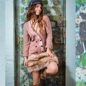 Hola guapísimas! Nueva semana y con super descuentos! 🎉🎉 ¿Habéis pasado ya por nuestra sección de Outlet y Rebajas?  Encontraréis prendas con hasta un 60% de descuento, como el Vestido Neosho que ahora lo tenéis con un -50% 😃  ¡Feliz día!   #alaiamoda #modamujer #chic #boho #bohochic #alaiajorgejuan #vestidoneosho #moda #rebajas #outlet #vestidoboho #vestidos