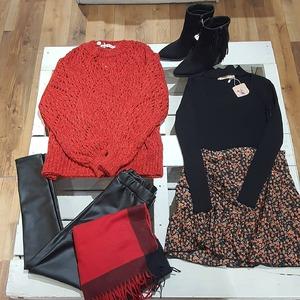 ❤ Looks ❤ Continuamos con ideas de looks para mujeres bonitas como vosotras. Estilo y comodidad para el día a día y además... con super descuentos!! 👏👏  Disponible en www.alaiamoda.es y en tienda.  #alaiamoda #looks #look #alaiastyle #modaboho #bohochic #boho #modaonline #chic #tiendavalencia #alaiajorgejuan