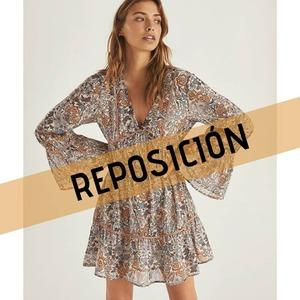🌸 Reposición 🌸 Uno de los vestidos estrella de la última colección ya está de nuevo disponible. Vestido Miramare, precioso!! ¡Corre que vuelan! 😉  #alaiamoda #modamujer #alaiavalencia #bohovalencia #modaboho #bohostyle