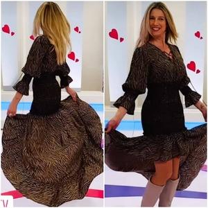 ¡Buenos días! El vestido Sevilla cautiva allá donde va. 😍 Ayer pudimos ver a Anne Igartiburu luciendolo en Corazón, Corazón.  Preciosa y con estilo! Como siempre!  #alaiamoda #alaiastyle #modamujer #modamujeronline #sevillacaotica #vestidosevilla #modachic #chic #vestidoasimetrico #new #vestidosqueenamoran